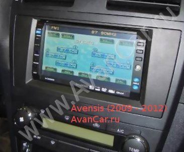 toyota avensis 2001 замена автомагнитолы